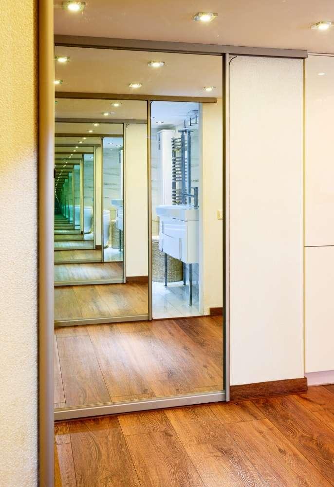 custom mirrors installation
